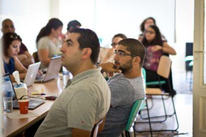 مؤسسات الإعلام الاجتماعي في العالم العربي تناقش الحقوق والحريات الرقمية في لقاء بعمّان
